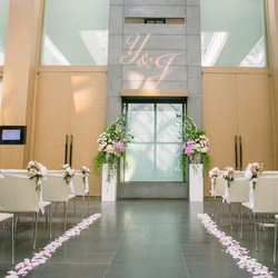 Wedding at The Residence With Beautiful Natural Lights And Elegant Floral Arrangements